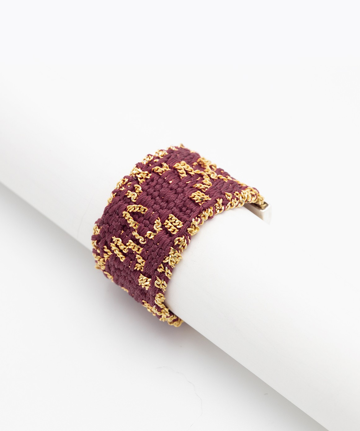 RHOMBUS Ring in Sterling Silver 18Kt. Yellow gold plated. Fabric: Bordeaux Silk