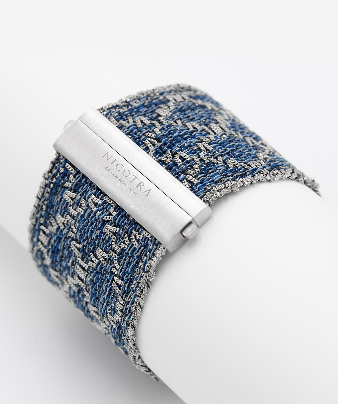 RHOMBUS Bracelet in Sterling Silver Rhodium plated. Fabric: Silk Jeans