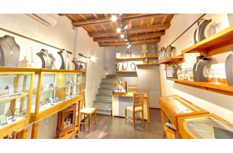 NICOTRA DI SAN GIACOMO |  Jewelry weavers